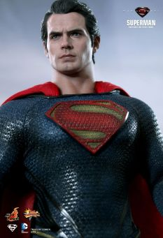 Man of Steel Hot Toys 04