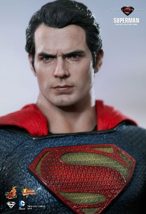 Man of Steel Hot Toys 05
