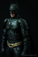 Unboxing Hot Toys Batman DX 12 (1)