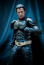 Unboxing Hot Toys Batman DX 12 (20)