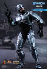 Hot Toys Robocop 06