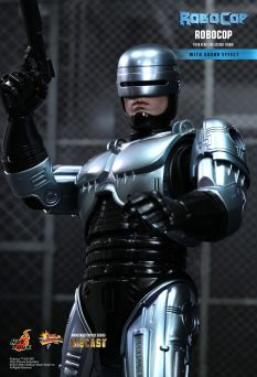 Hot Toys Robocop 13