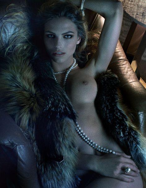 Karlina Caune par Fabien Baron