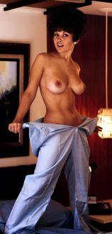 1969_07_Nancy_McNeil_Playboy_Centerfold_LivePix