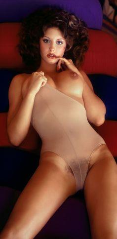 1975_02_Laura_Misch_Playboy_Centerfold