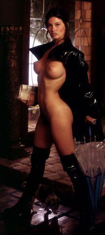 1975_04_Victoria_Cunningham_Playboy_Centerfold