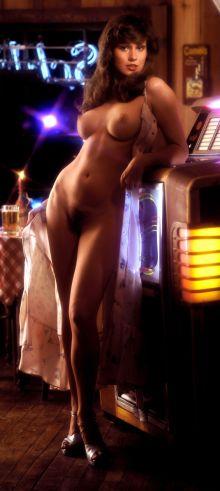 1976_11_Patti_McGuire_Playboy_Centerfold