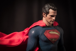 Man of Steel Hot Toys Superman (9)
