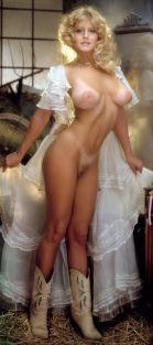 1982_07_Lynda_Wiesmeier_Playboy_Centerfold