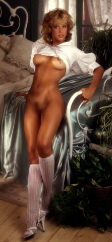 1982_09_Connie_Brighton_Playboy_Centerfold