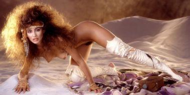 1986_06_Rebecca_Ferratti_Playboy_Centerfold