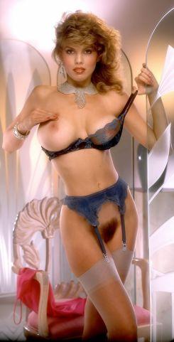 1986_11_Donna_Edmondson_Playboy_Centerfold