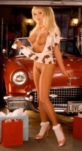 1998_08_Angela_Little_Playboy_Centerfold