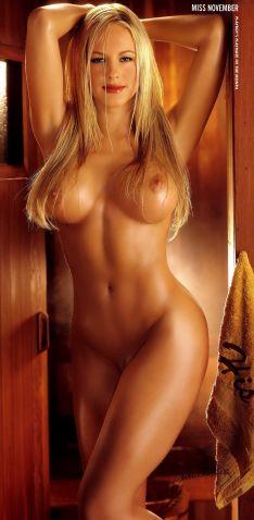 2003_11_Divini_Rae_Playboy_Centerfold