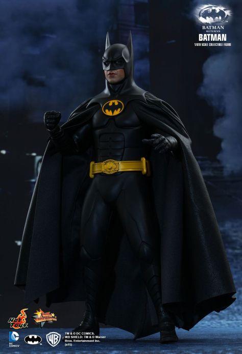 BATMAN RETURNS Hot Toys (1)