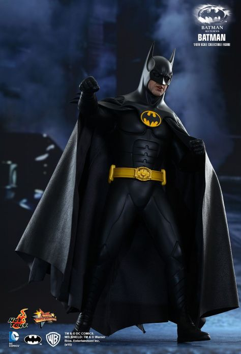 BATMAN RETURNS Hot Toys (2)