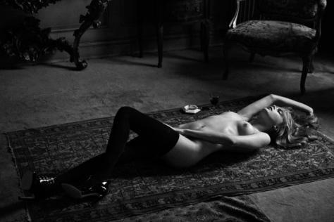 Cara Delevingne par Peter Lindbergh pour Interview Magazine (10)