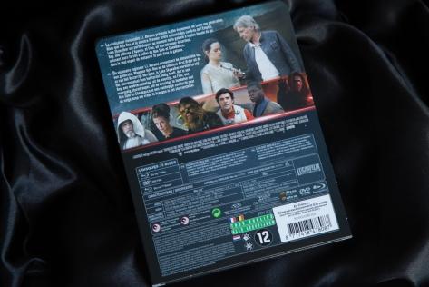 STAR WARS Le Réveil de la Force Steelbook (2)